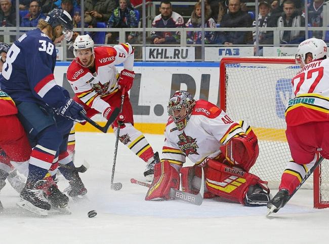Хоккейный клуб «Торпедо» в Нижнем Новгороде потерпел первое в истории поражение от «Куньлунь Ред Стар» из Пекина
