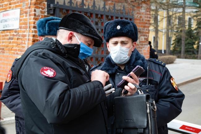 Image for Росгвардейцы обеспечивают охрану общественного порядка в период самоизоляции в Нижегородской области
