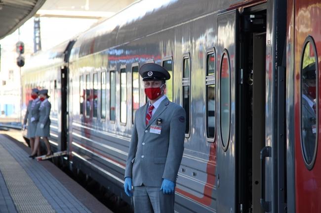 Image for Поезд «Легендарный Маресьев» вышел на маршрут Нижний Новгород – Великий Новгород