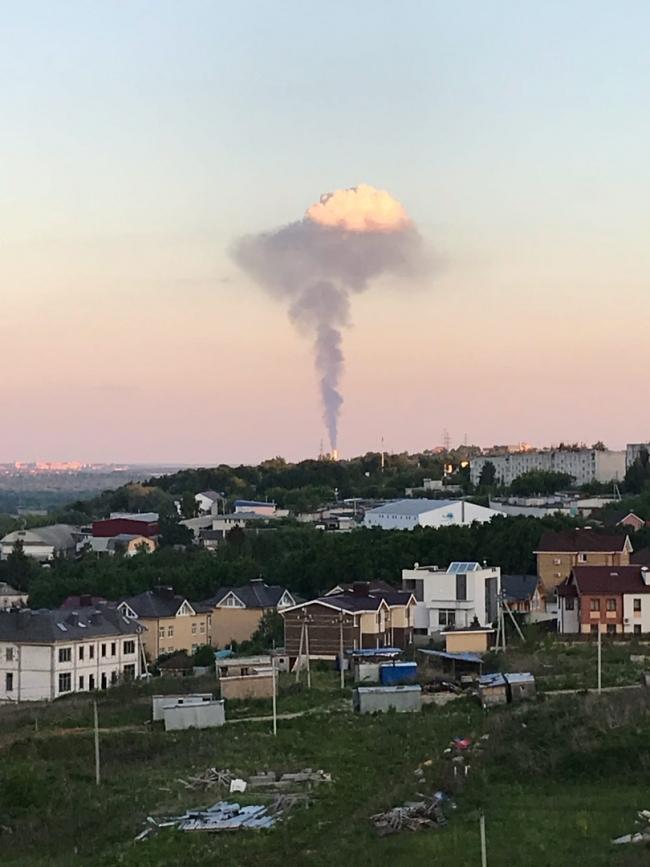 Image for Химический «гриб» образовался в небе над Кстовом