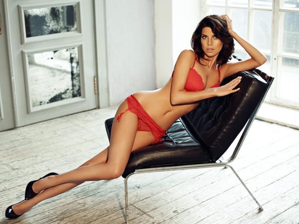Image for Екатерина Гусева из Нижнего Новгорода борется за титул «Мисс Maxim 2020»