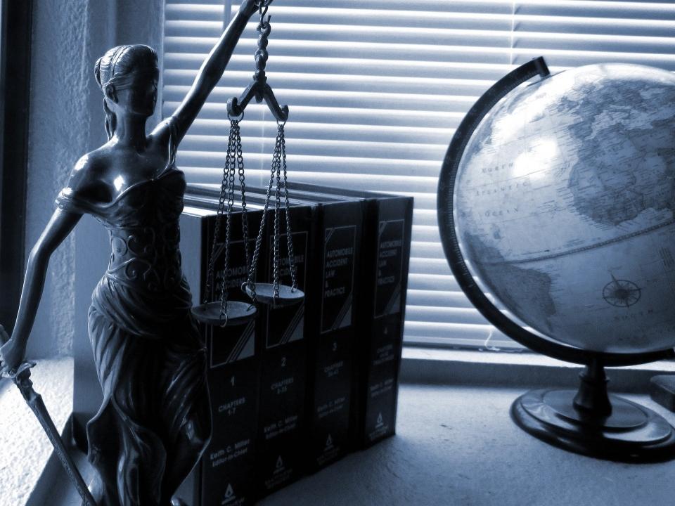 Image for Евгений Лебедев поздравил нижегородских юристов с праздником