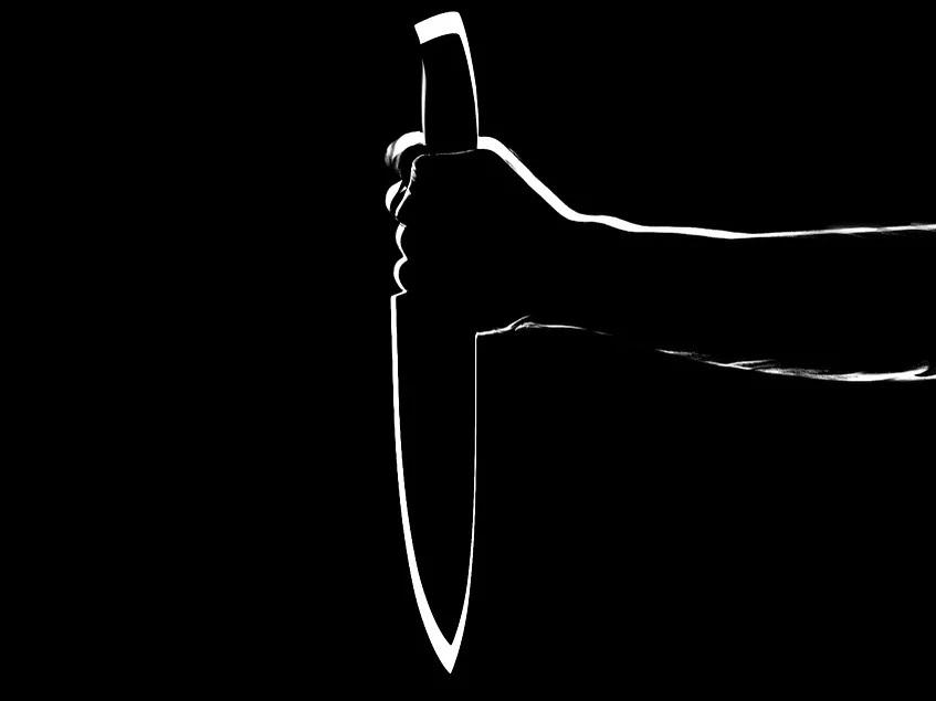 Мужчина пытался зарезать свою семью в Воскресенском районе Нижегородской области
