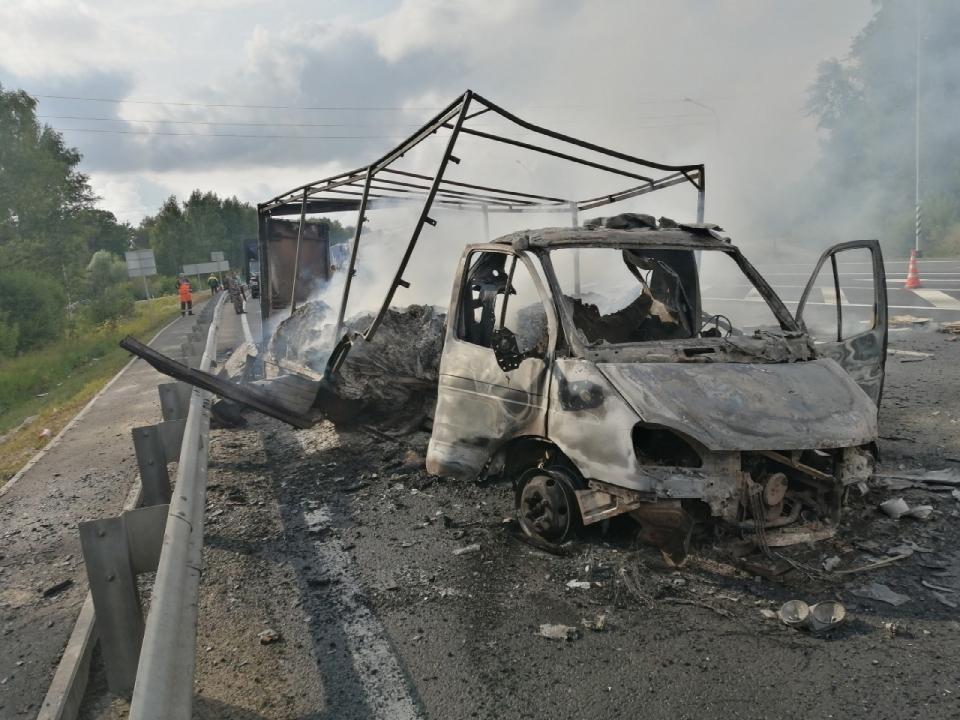 Image for ГАЗель сгорела в Лысковском районе 29 июля