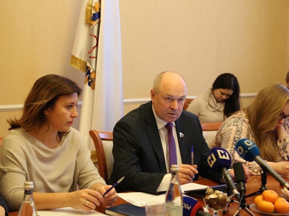 Евгений Лебедев поздравил нижегородцев с днем работника сельского хозяйства и перерабатывающей промышленности